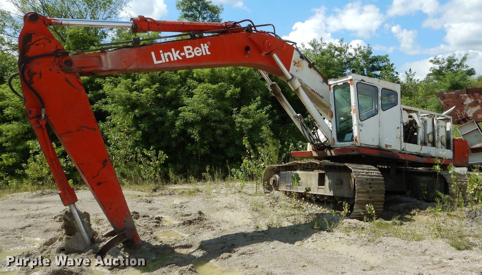Link Belt excavator | Item DH6022 | Thursday August 22 Const