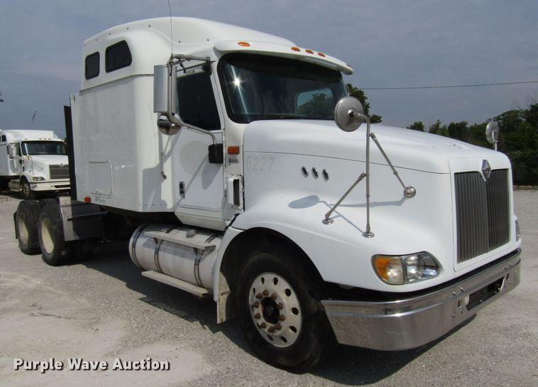 2007 International 9400i semi truck | Item DG1368 | Thursday