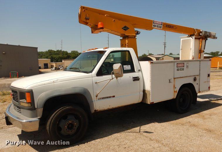 Public Auction Sale: Vehicles and Equipment Auction