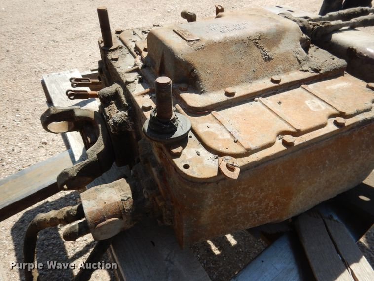 Spicer four speed auxiliary transmission | Item FA9293 | 9-2