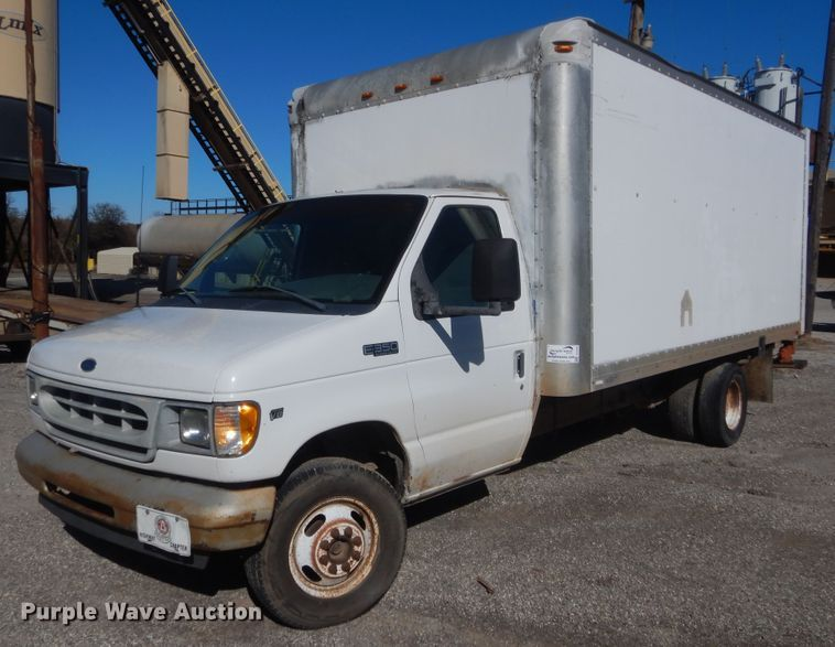 2002 Ford E350 Superduty