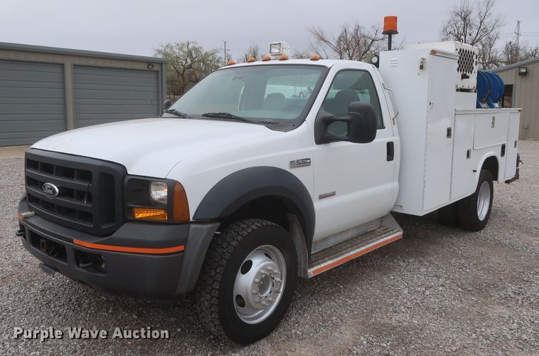 2006 Ford F550 Super Duty XL