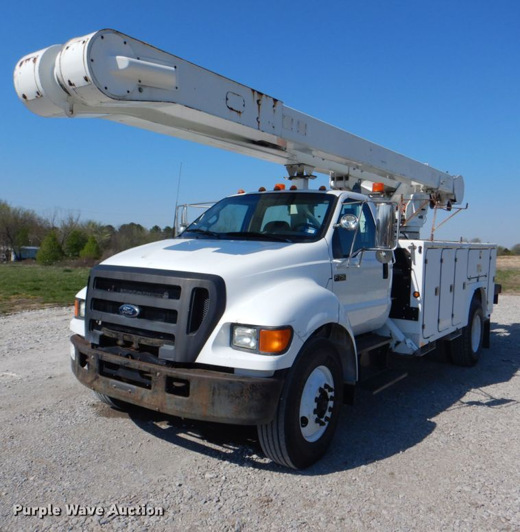 2006 Ford F750 Super Duty XL
